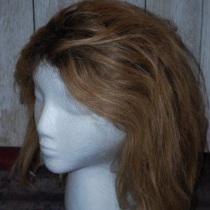 Accessories - Synthetic blonde 8in wig